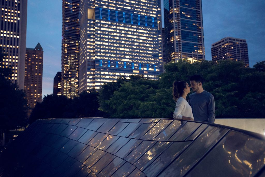 couple in Chicago at night